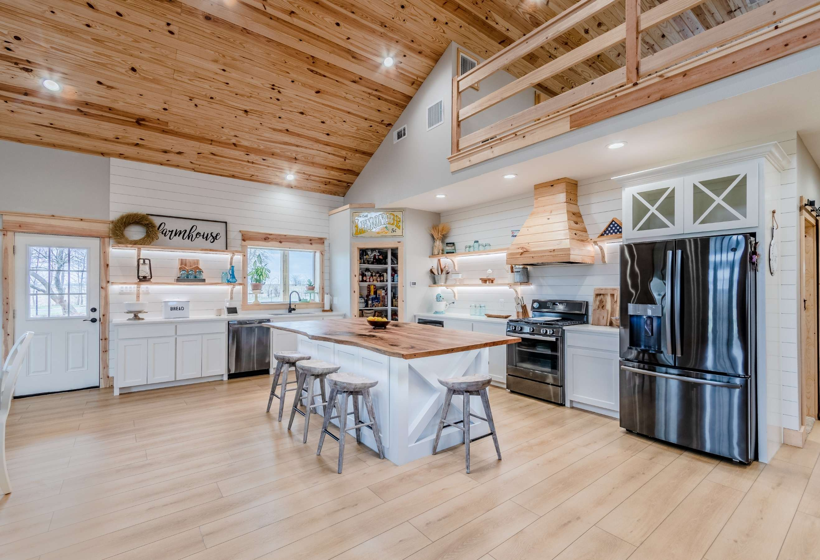 picture of a kitchen in a barndominium with soho signature floors